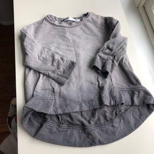 Gray ombré sweatshirt with drop hem